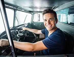 Betriebshaftpflichtversicherung Kraftfahrer – Kraftfahrer im LK