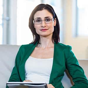 Berufshaftpflichtversicherung Therapeuten - Zufriedene Therapeutin