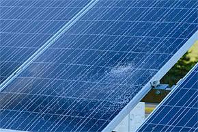 Photovoltaik-versicherung - Beschädigte Solar Panels